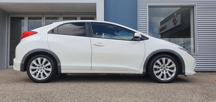 2012 Honda Civic VTi-L 9th Gen WHITE