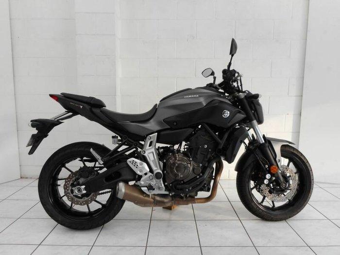 2015 Yamaha MT-07LA