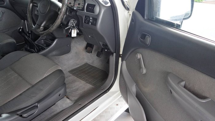 2005 FORD COURIER