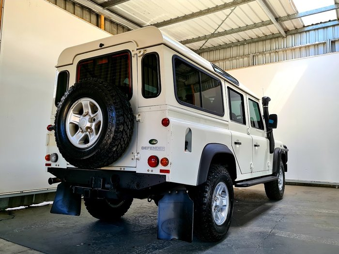 2007 Land Rover Defender 110 MY07 4X4 Constant WHITE