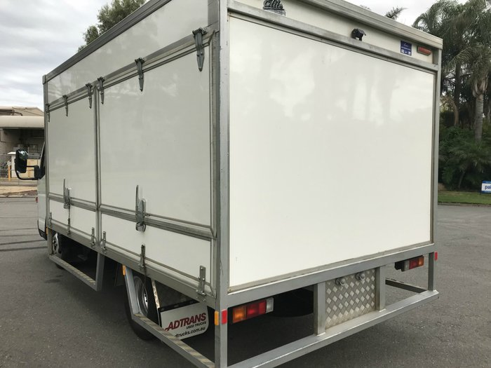 2014 Fuso Canter 515 Wide FUSO CANTER 515 FRIDGE BODY