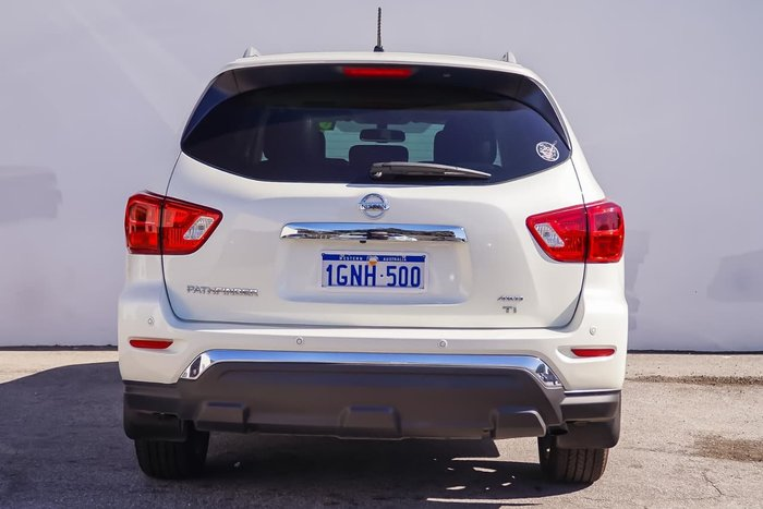 2017 NISSAN PATHFINDER TI R52 Series II White