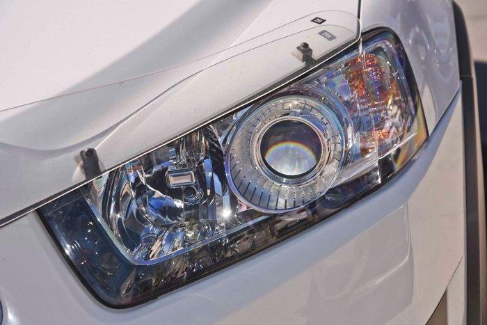 2013 HOLDEN CAPTIVA 7 CX CG White