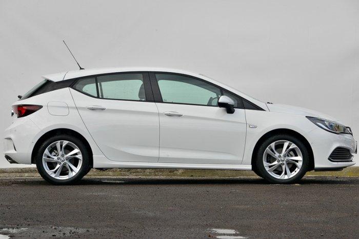 2017 HOLDEN ASTRA RS BK MY17 SUMMIT WHITE