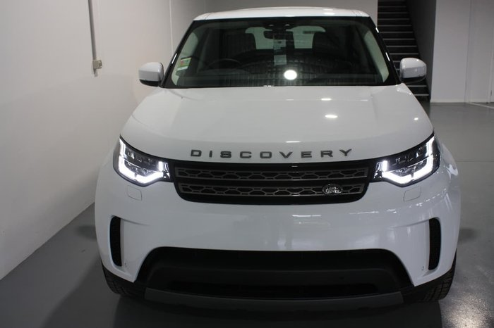 2017 LAND ROVER DISCOVERY TD6 SE Series 5 White