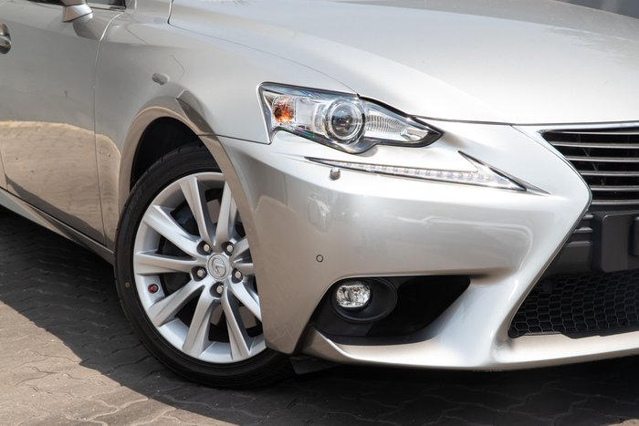 2016 Lexus Is350 IS350 Luxury GSE31R Titanium
