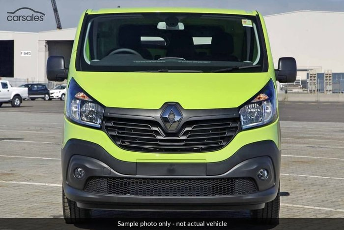 2017 RENAULT TRAFIC 66KW X82 Green