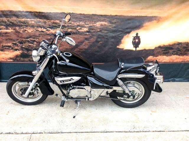 2013 HYOSUNG GV250 AQUILA EFI ROAD BLACK