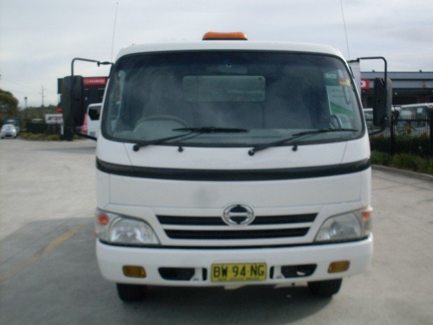 2009 Hino 816 - 300 Series HINO 816 TIPPER TOOL BOX WHITE