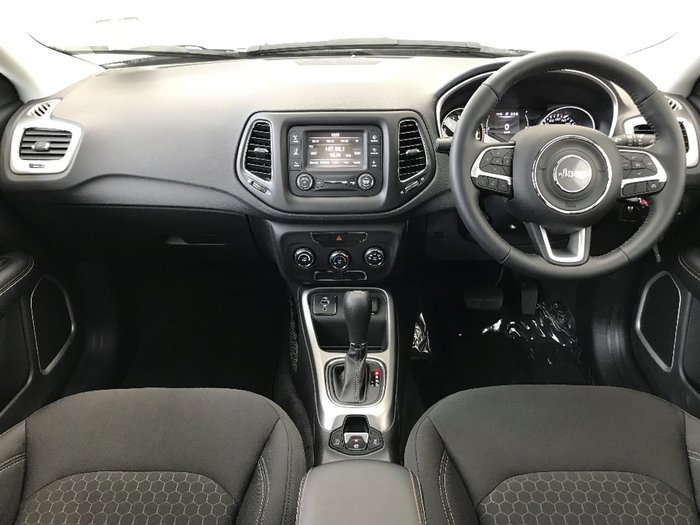 2017 JEEP COMPASS Sport M6 Grey
