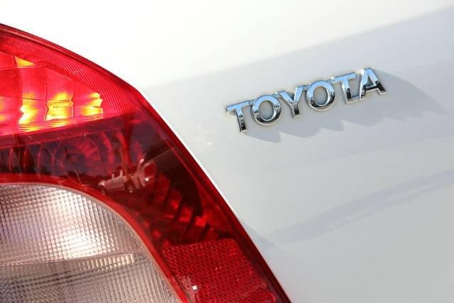2007 TOYOTA YARIS YR NCP90R SNOW CAP WHITE