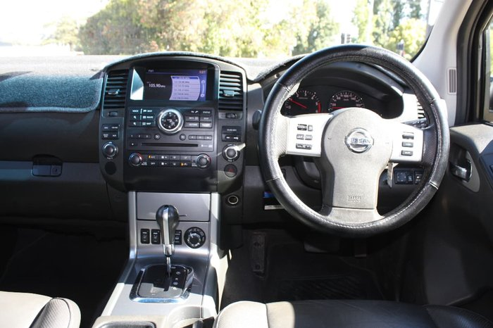 2011 NISSAN NAVARA ST-X 550 D40 Series 6 Silver