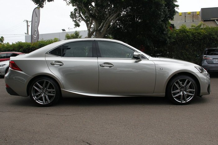 2016 Lexus IS350