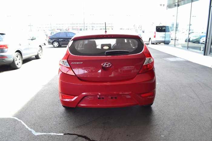 2016 HYUNDAI ACCENT ACTIVE RB4 Red