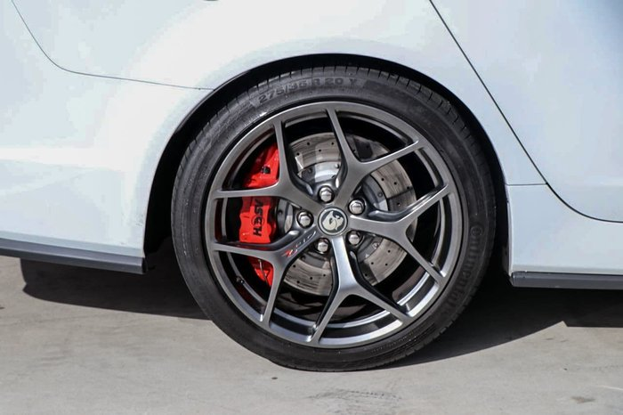 2017 HOLDEN SPECIAL VEHICLES GTS R GEN-F2 White