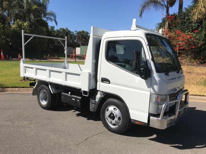 2012 Mitsubishi Canter 515 Narrow Canter 515 dropside tipper White