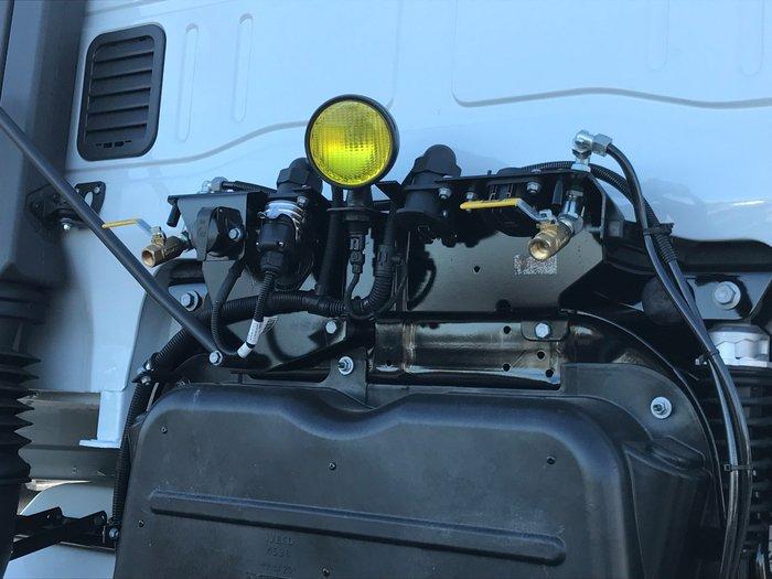 2018 Iveco Stralis ATi-460 6x4 Prime Mover white