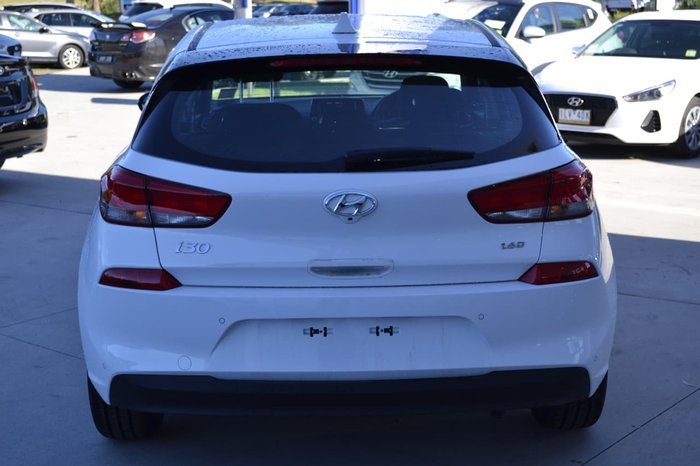 2017 HYUNDAI I30 ACTIVE PD White
