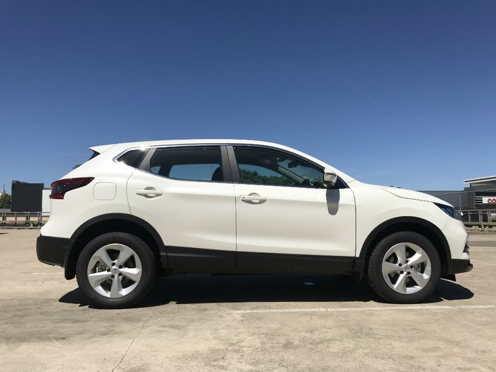 2017 NISSAN QASHQAI ST J11 Series 2 White