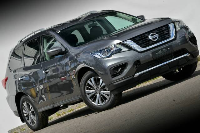 2017 NISSAN PATHFINDER ST R52 SERIES II MY17 GUN METALLIC