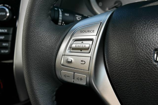 2018 NISSAN NAVARA ST DUAL CAB D23 S3 POLAR WHITE