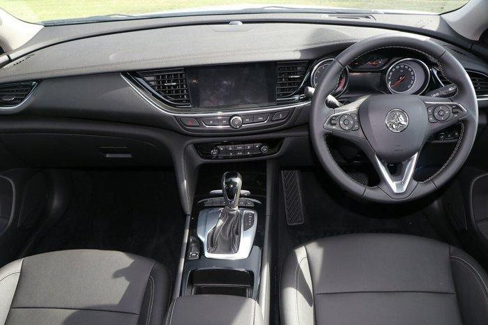 2018 Holden Calais