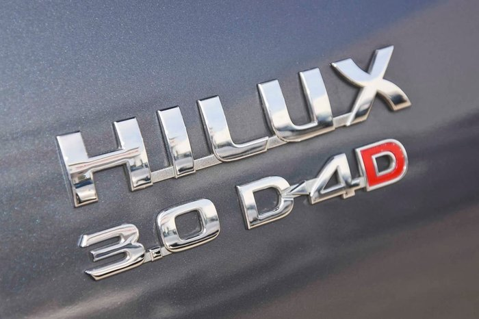 2009 TOYOTA HILUX SR5 KUN26R Grey