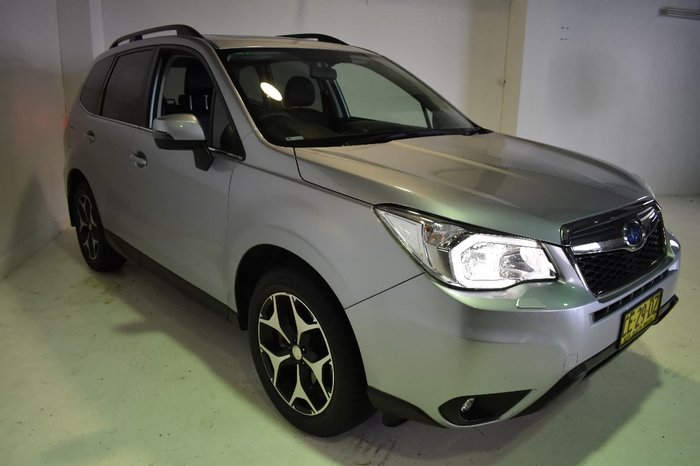 2015 SUBARU FORESTER 2.0D-S S4 Silver