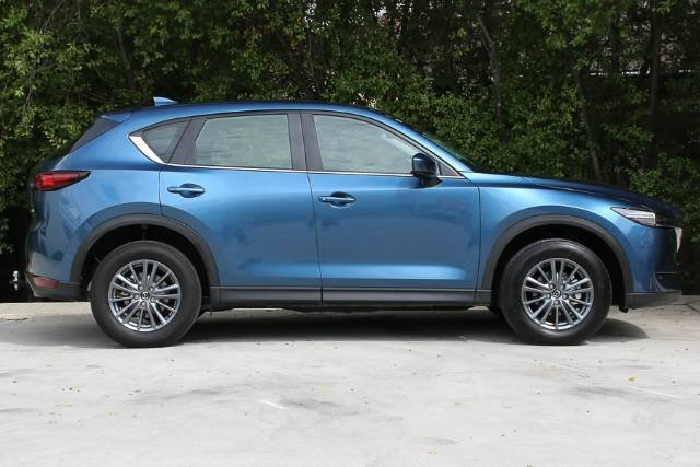 2017 MAZDA CX-5 MAXX SPORT KF4WLA BLUE