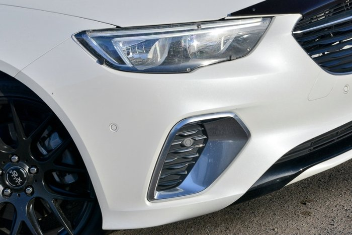 2018 HOLDEN COMMODORE RS-V ZB MY18 ABALONE WHITE