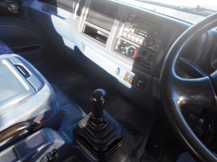 2003 Hino FD Ranger 6 HINO FD RANGER PRO WHITE