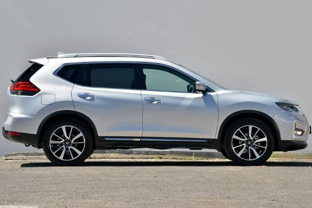 2017 NISSAN X-TRAIL TI T32 SERIES II BRILLIANT SILVER