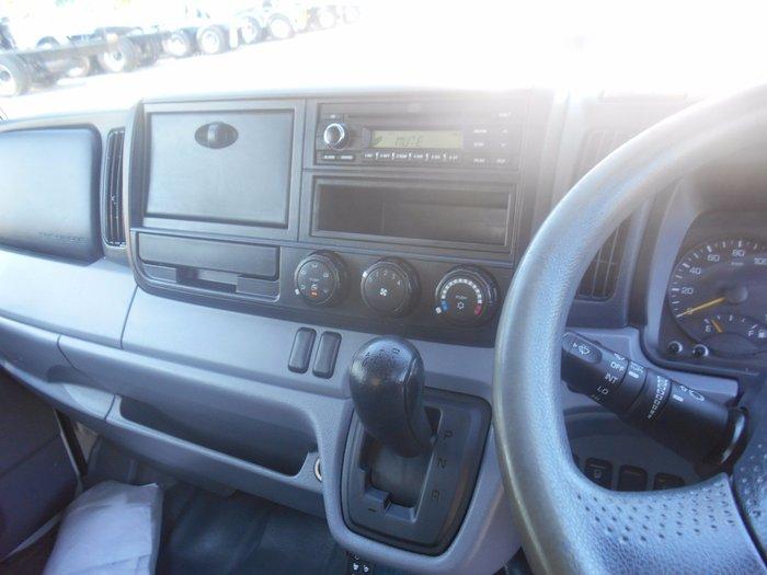 2013 Mitsubishi Canter 515 Narrow white