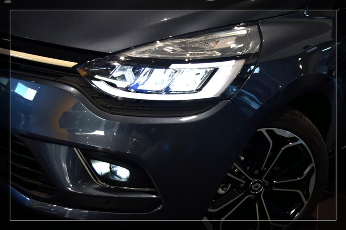 2017 RENAULT CLIO INTENS IV B98 Phase 2 Grey