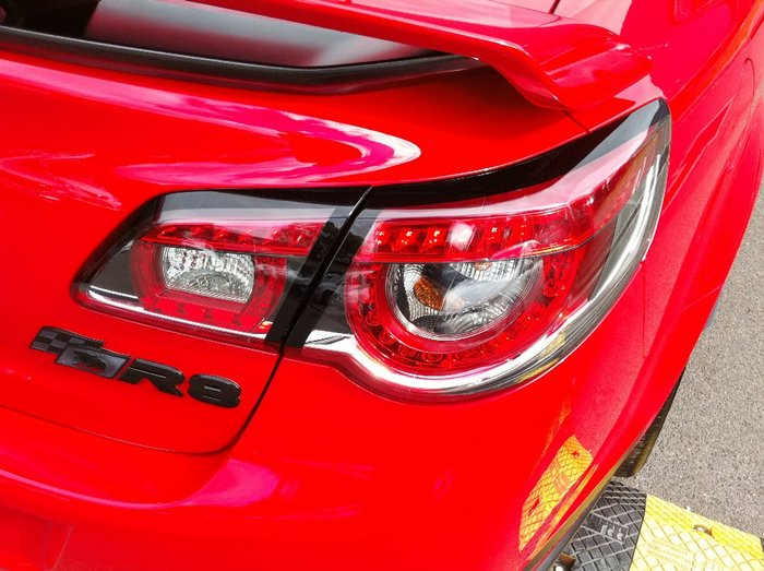 2016 HOLDEN SPECIAL VEHICLES CLUBSPORT R8 SV BLACK GEN-F2 Red