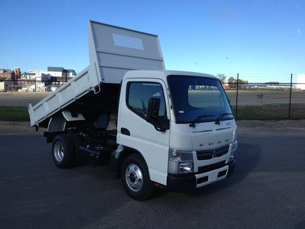 2018 Fuso Canter 515 Narrow White
