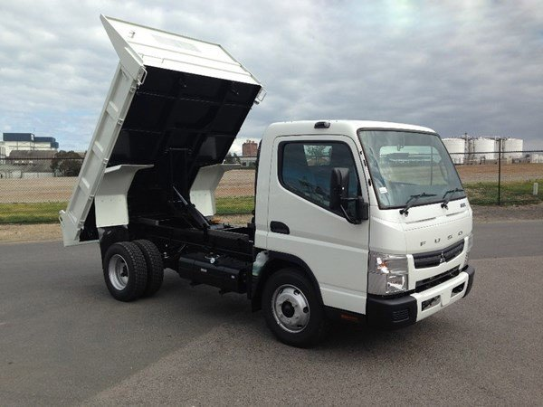 2018 Fuso Canter 715 White