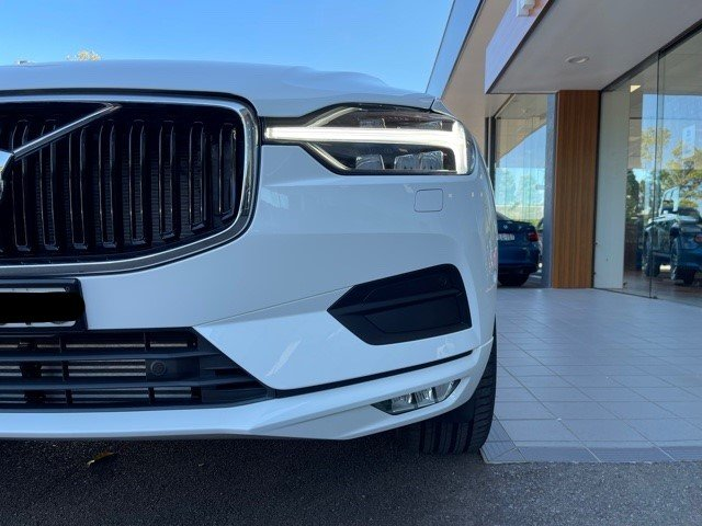 2020 Volvo Xc60 T5 Momentum 2.0L T/P 187kW 8AT Wagon MY21 4WD Ice White Solid