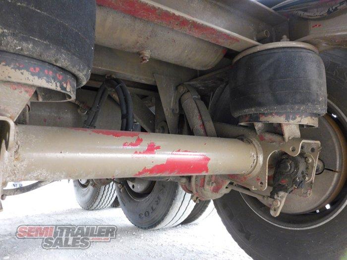 2007 Custom Boomer Tipping Bulk Tanker