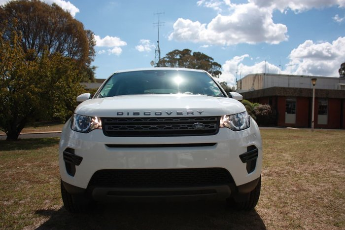 2017 LAND ROVER DISCOVERY SPORT TD4 110KW SE L550 White