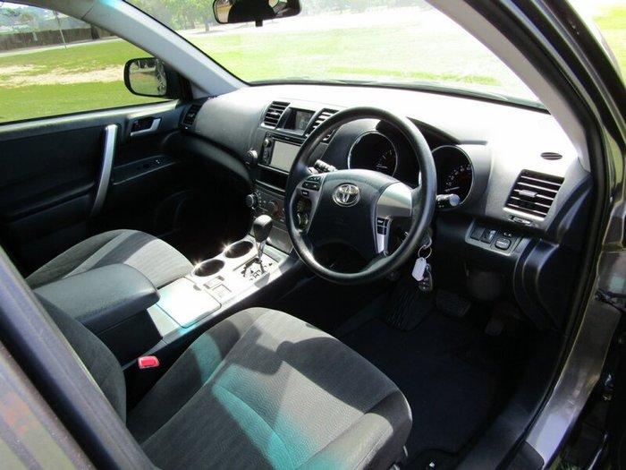 2013 Toyota Kluger