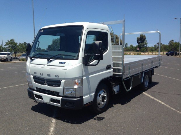 2018 Fuso Canter 515 White
