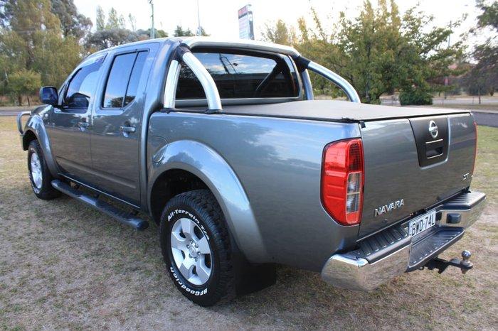 2011 NISSAN NAVARA ST D40 Grey
