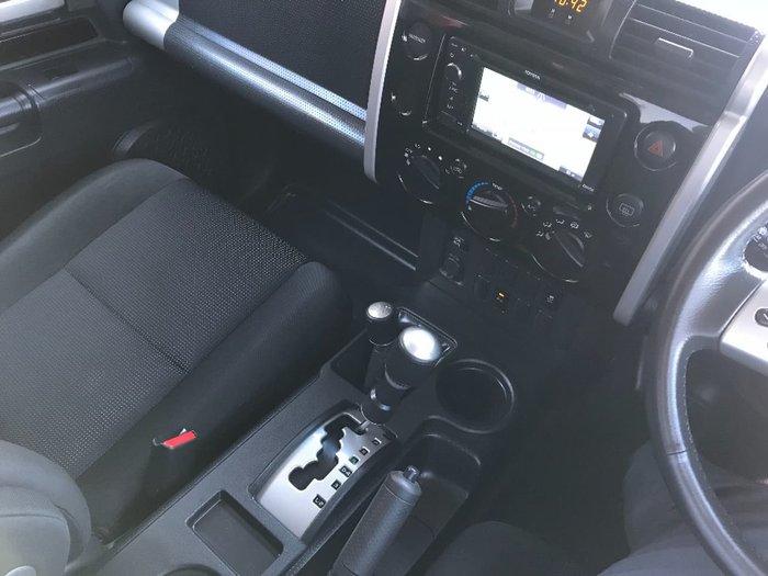 2013 TOYOTA FJ CRUISER GSJ15R Black