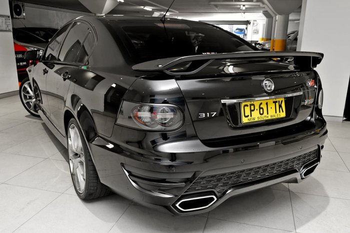 2011 HOLDEN SPECIAL VEHICLES CLUBSPORT R8 SV BLACK EDITION E Series 3 Black