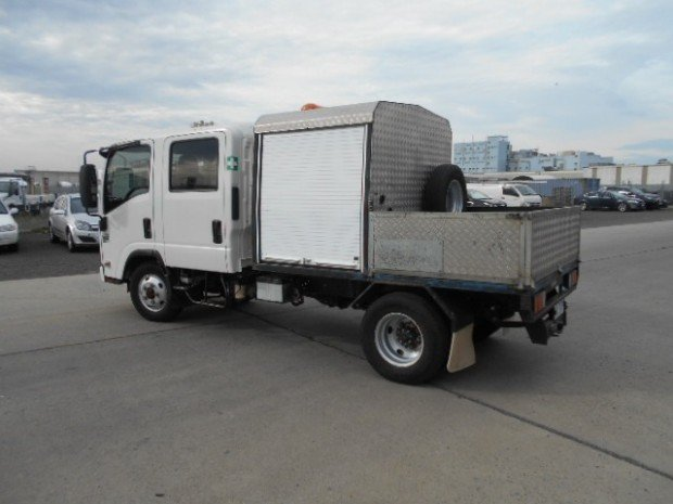 2011 Isuzu NLS 200 ISUZU NLS CREW ALL WHEEL DRIVE