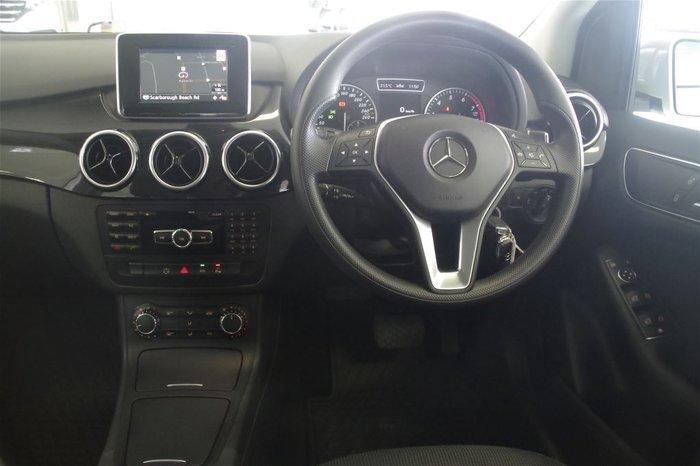 2013 Mercedes-Benz B180