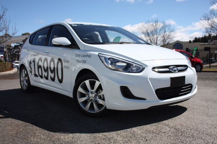 2017 HYUNDAI ACCENT SPORT RB5 White