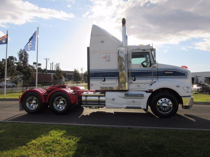 2011 Kenworth T403