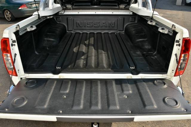 2013 NISSAN NAVARA ST D40 S6 MY12 ARCTIC WHITE